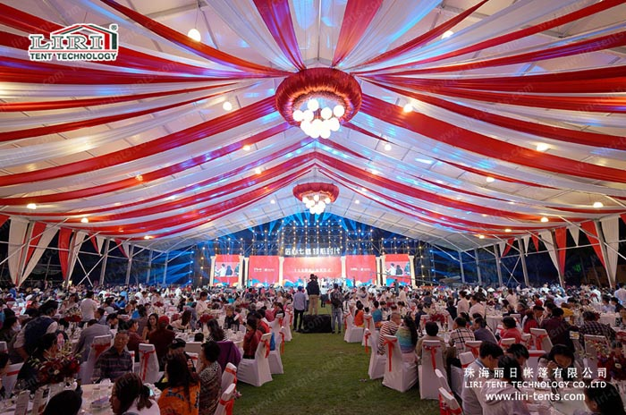 1000 people party tents