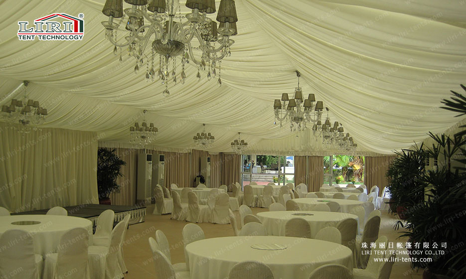 outdoors party tent (2)